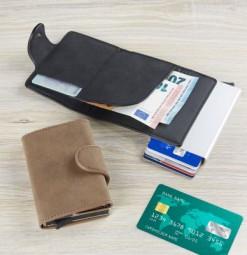RFID Credit Card Etui schwarz Schwarzheide